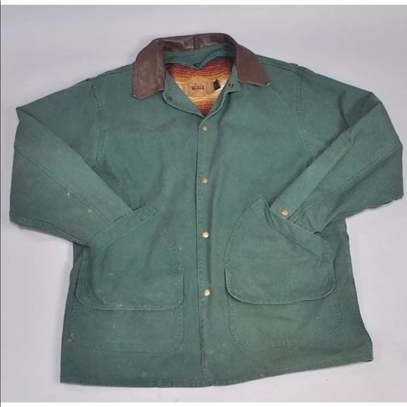 a6f747714531c Vintage Woolrich Green Canvas Barn Coat Wool Lined.  M 5c18448a34a4efa6a44f3b8c